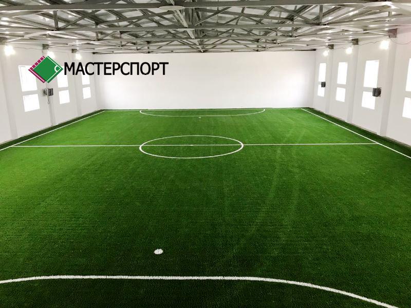 Спортивная площадка с искусственной травой